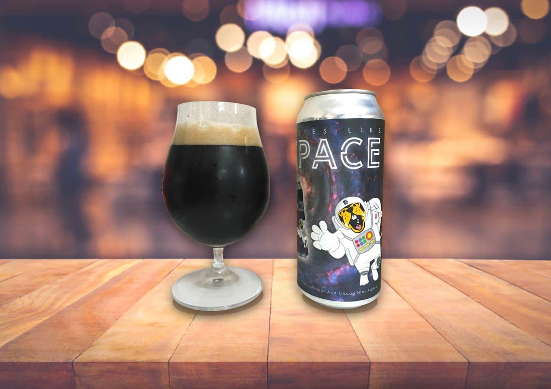 Belching Beaver「Tastes Like Space」真っ黒いけどフレッシュ!濃厚なのにスルッと飲めるスタウト